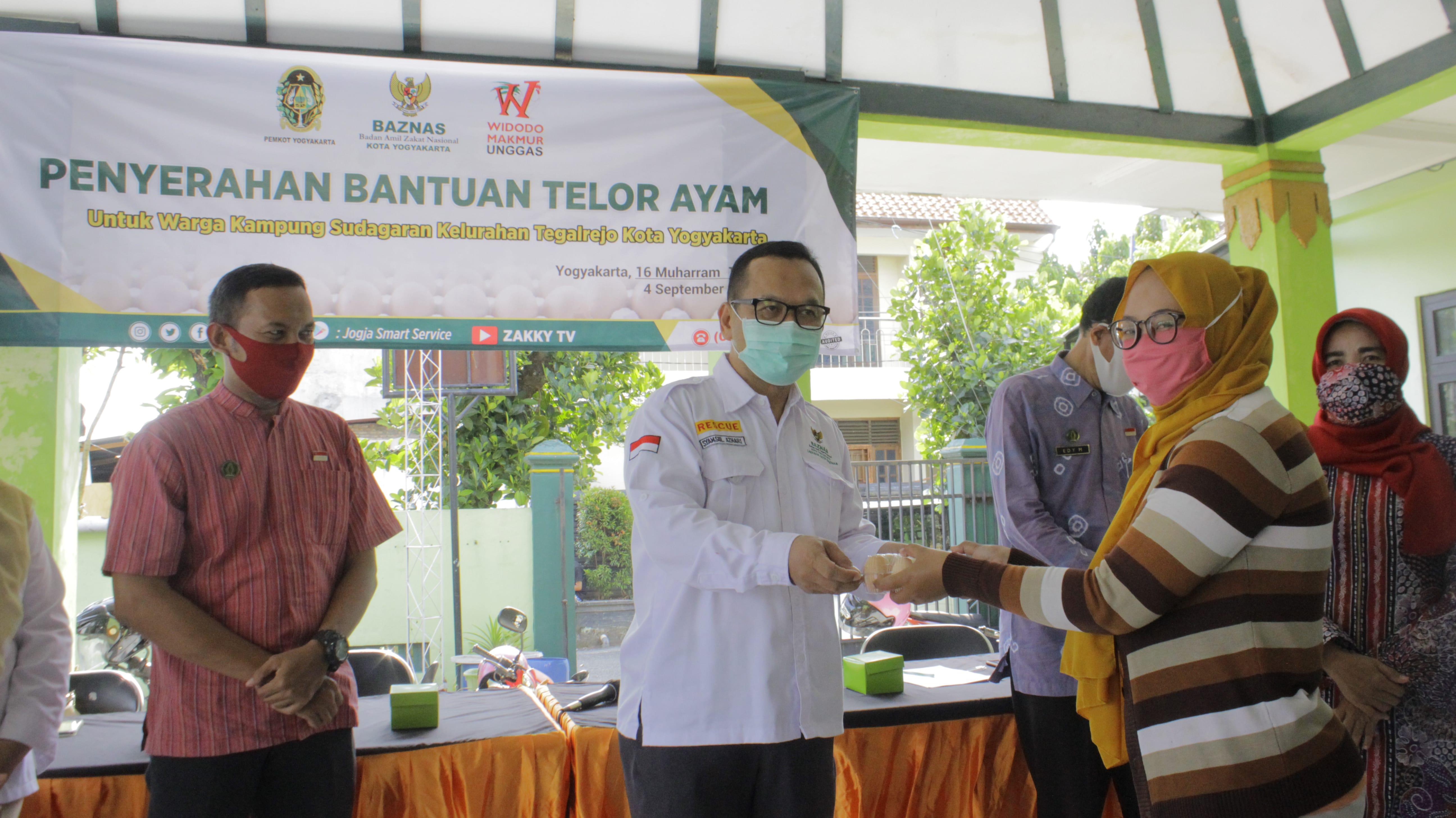 Tingkatkan Imunitas Tubuh pada masa Pandemi Covid-19, BAZNAS Kota Yogyakarta salurkan 5.100 Telur Ayam kepada Warga Tegalrejo Yogyakarta